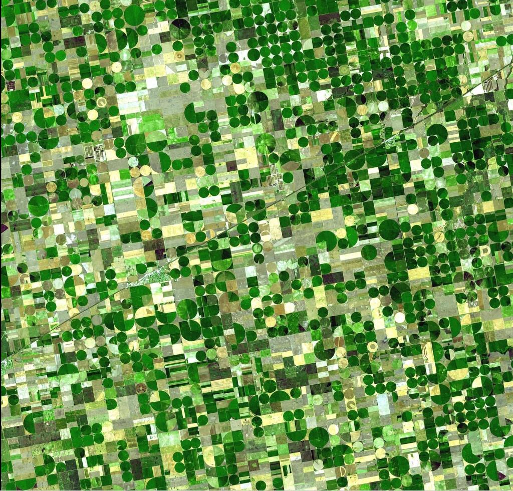 Bilden visar effekten av bevattning ur Ogalalla-aquiferen